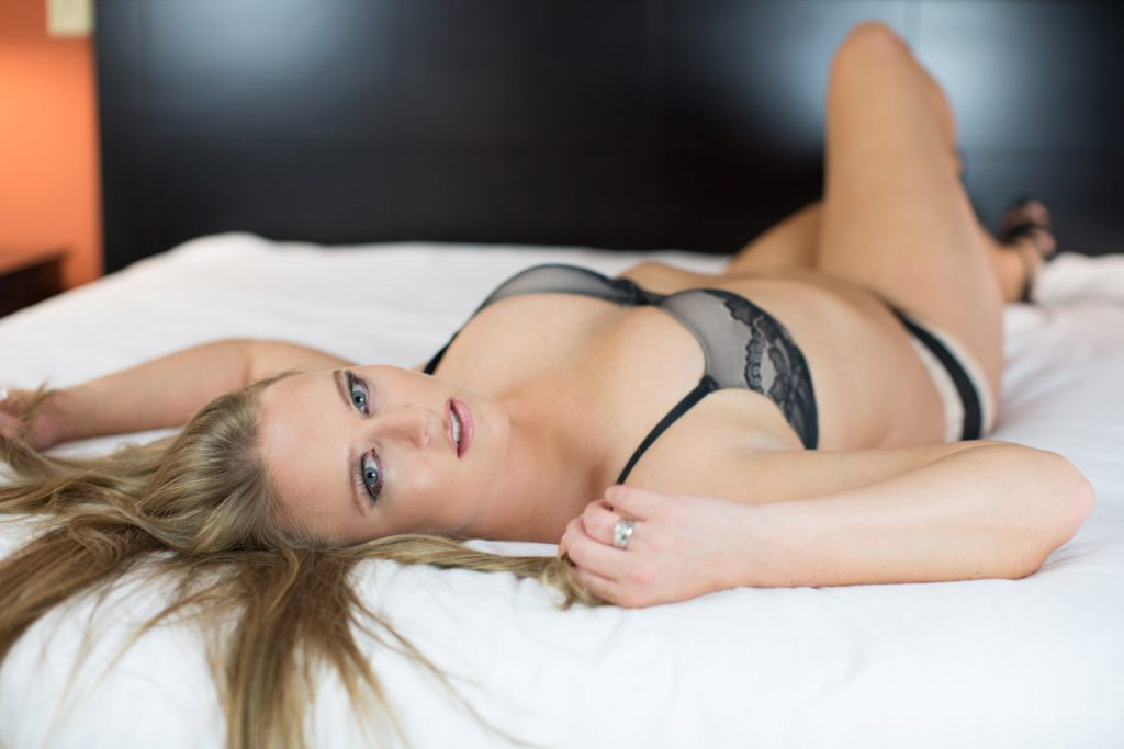 boudoir photographers in greenville